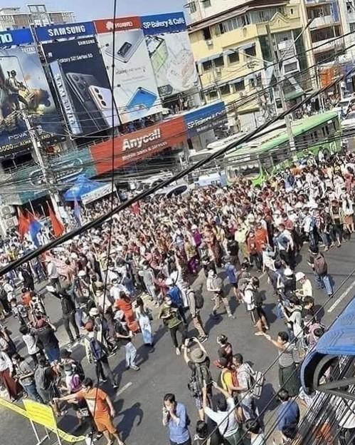 ヤンゴン デモ  2月6日(7)