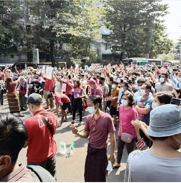 ヤンゴン デモ  2月6日(3)