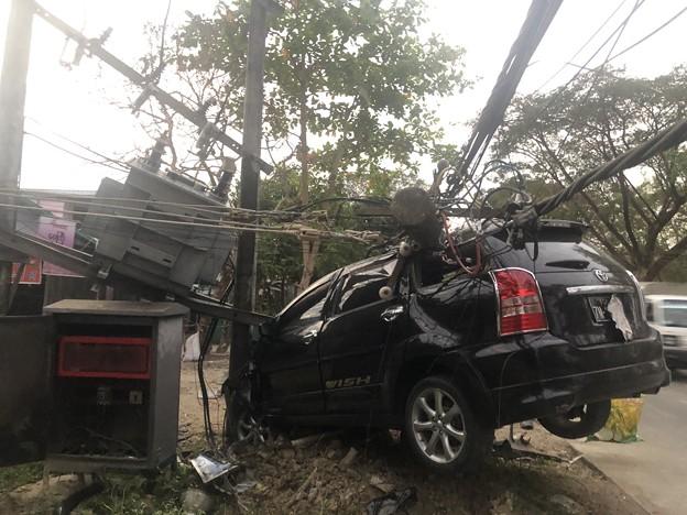 ヤンゴンで事故 (4)