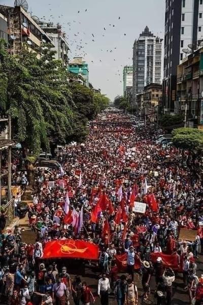 ミャンマーのデモ (2)