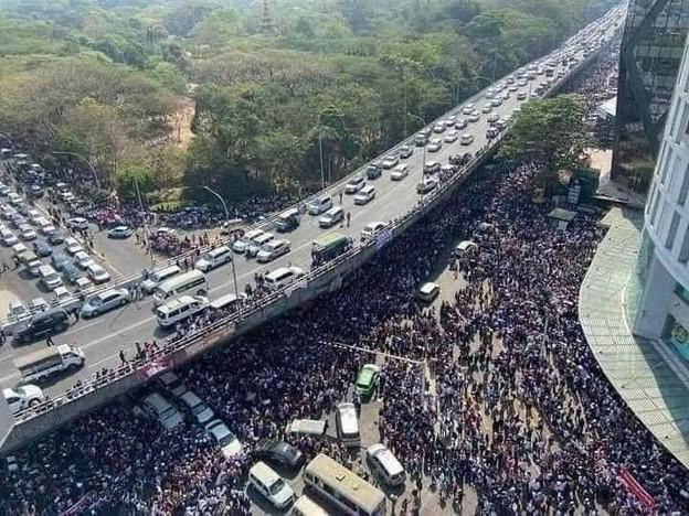ミャンマーのデモ (4)