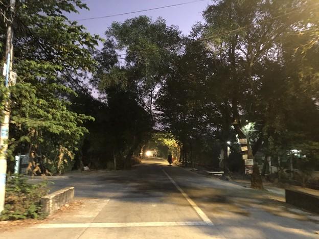 霧深い2月12日のヤンゴンの朝 (1)