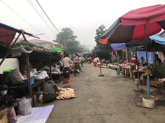 霧深い2月12日のヤンゴンの朝 (12)