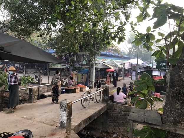 土曜日のヤンゴン2月13日 (9)