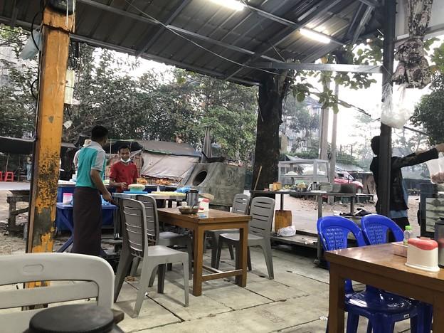 土曜日のヤンゴン2月13日 (6)