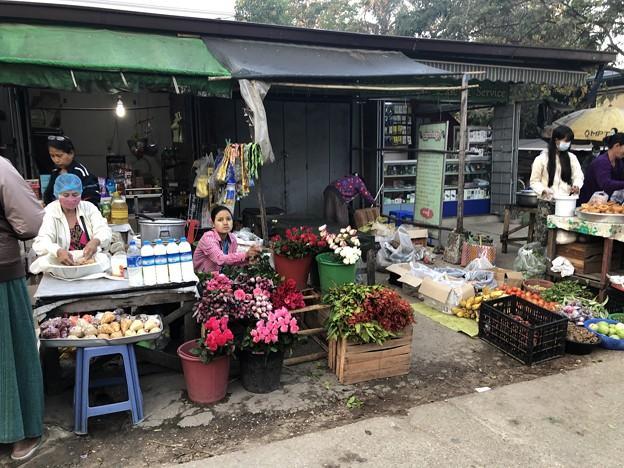 土曜日のヤンゴン2月13日 (14)