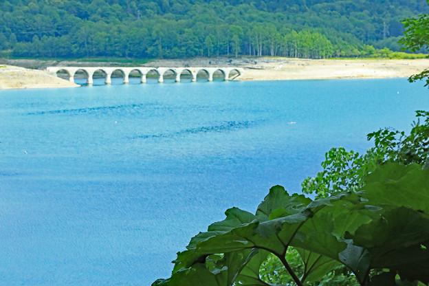 タウシュベツ川橋梁 遠景