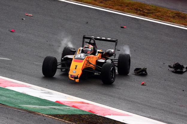 B-MAX RACING TEAM#1