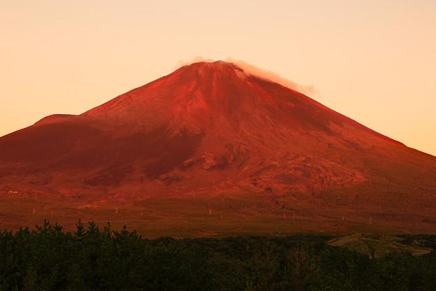 今年最後の赤富士