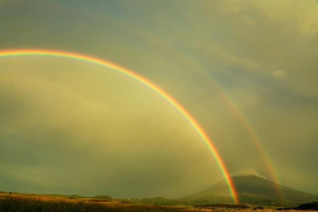 虹の朝 全景