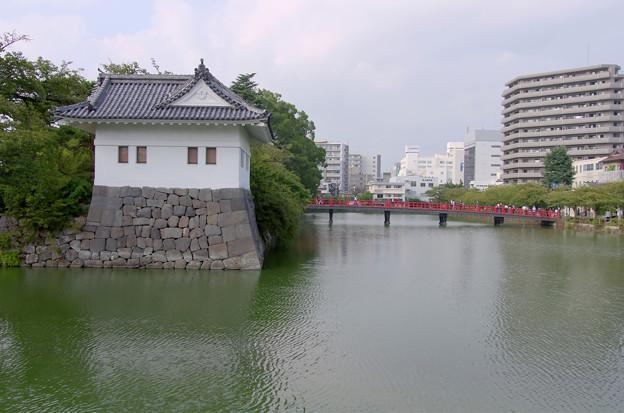 隅櫓と学橋