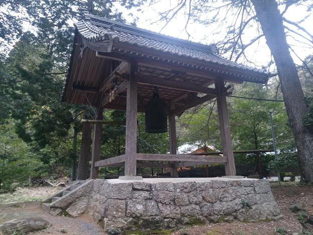 008眞木山神社A11 鐘楼