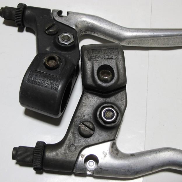 SHIMANO DEORE BL-MT60 ブレーキレバー シルバー