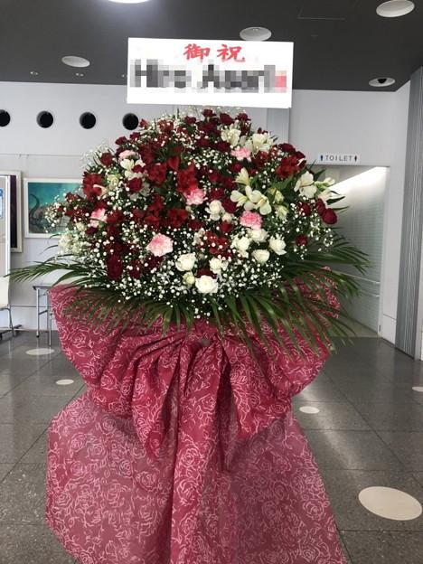 某会場 フラワースタンド花 バレエ発表会 様へ