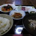 写真: 民宿おもろ夕食@与那国島
