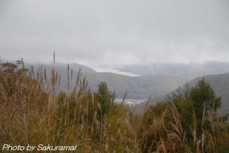 霧中の桧原湖