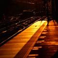 写真: 最寄り駅の夕暮れ