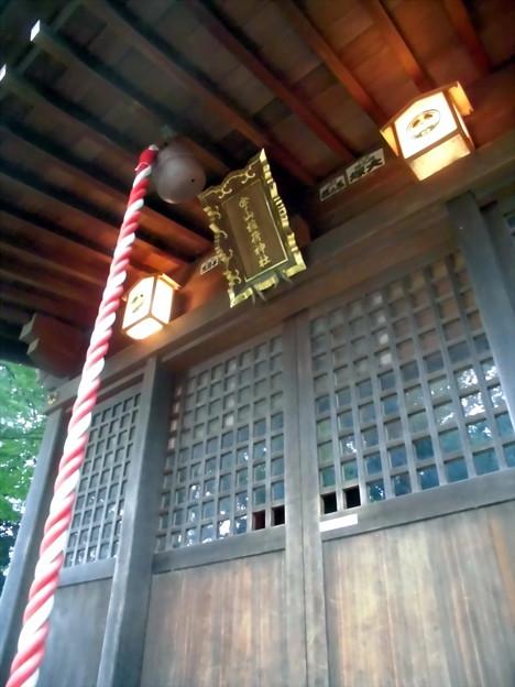 宇山稲荷神社-06拝殿b
