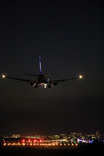 Photos: 737