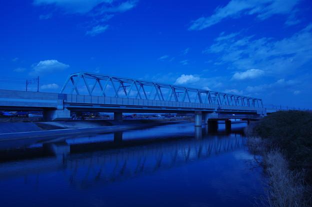 成田スカイアクセス線のトラス鉄橋