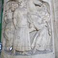 コンクリート柱の彫刻