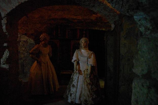 ブダ王宮地下迷宮のお人形さん