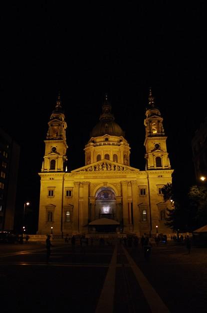 写真: 聖イシュトヴァーン大聖堂