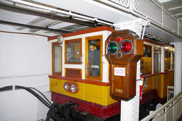 ブダペストの地下鉄博物館の電車