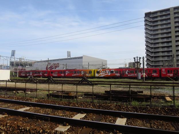 _180525 034 カープのラッピング電車
