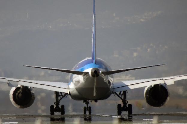 ANA機離陸開始
