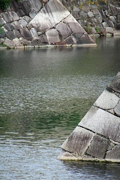 多門櫓、千貫櫓下の石垣で~す