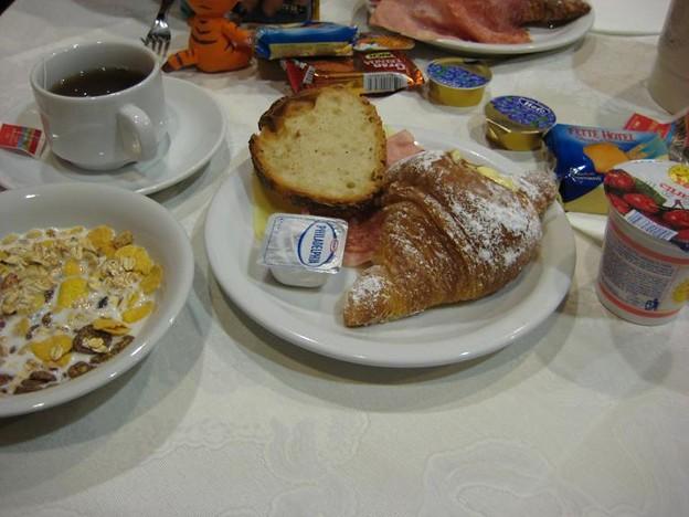ローマの朝食。