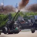 Photos: CIMG7034 大久保駐屯地創立記念行事その5・FH-70の砲炎