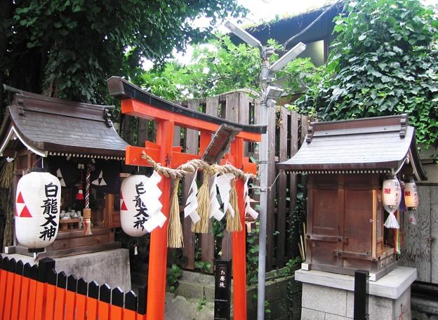 路地裏神社:レトロ中崎町21