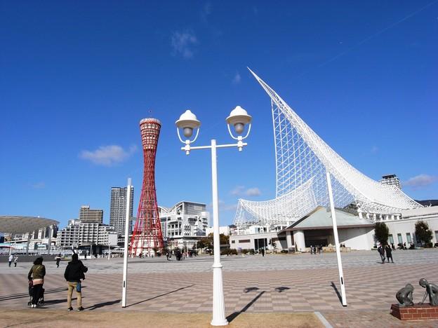 外国貨物の荷揚げ港:神戸メリケンパーク01