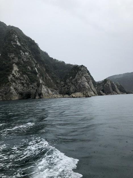 写真: 雨の但馬海岸遊覧02