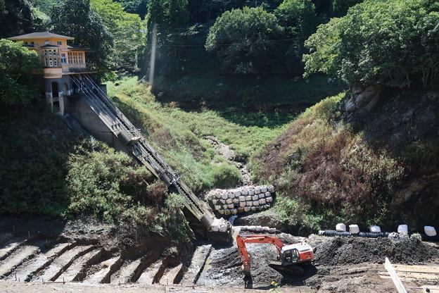 Photos: 鎌北湖に水がない~