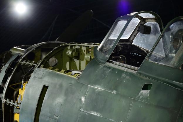 キ84 左舷発動機~風防
