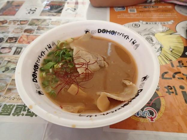 これがそのニャんとかじゃがいも白湯スープね。