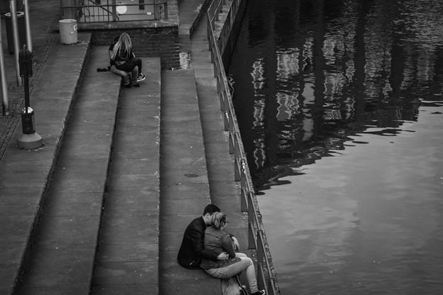 写真: 恋人たち「ライン川のほとり」