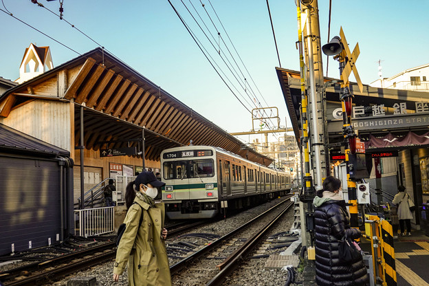 Photos: 戸越銀座駅