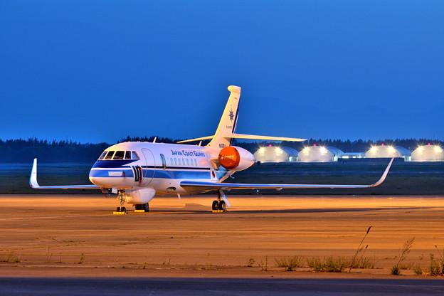ファルコン2000 N332FJ 海上保安庁納入機