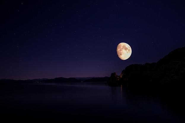 写真: 今宵の月のように