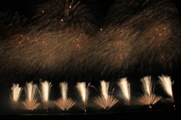 北海道新聞社創業130周年記念 第28回道新十勝川花火大会 第6部《グランドフィナーレ》 (8)