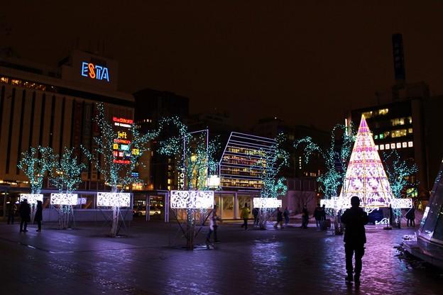 第37回さっぽろホワイトイルミネーション 札幌駅南口駅前広場会場 (1400x933)