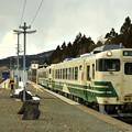 写真: 新旧車両交換2