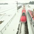 写真: 雪の車両交換