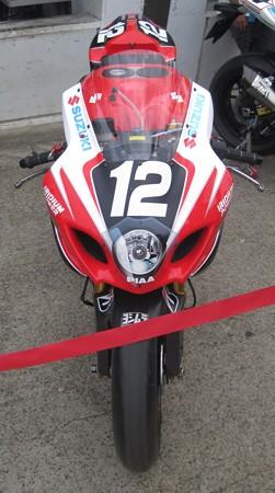 01 2013 12 津田 拓也 ヨシムラスズキレーシングチーム GSX_R1000 IMG_2129