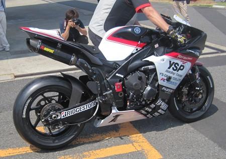 15 2013 1 中須賀克行 Katsuyuki Nakasuga ヤマハYSPレーシングチーム YZF-R1 全日本ロードレース JSB1000 IMG_1274