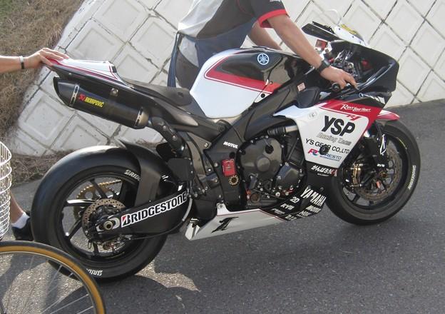 16 2013 1 中須賀克行 Katsuyuki Nakasuga ヤマハYSPレーシングチーム YZF-R1 全日本ロードレース JSB1000 IMG_1882